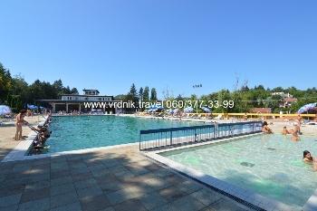 Kupanje na bazenima Banje Vrdnik